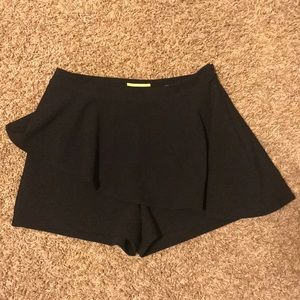 Gianni Bini dress shorts